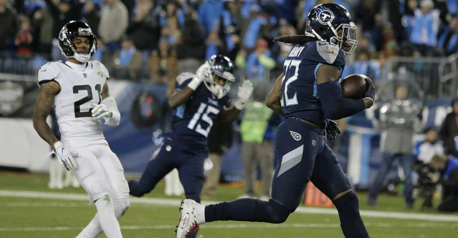 Tennessee Titans running back Derrick Henry (22) runs into the end zone for a touchdown against the Jacksonville Jaguars during the second half of an NFL football game, Thursday, Dec. 6, 2018, in Nashville, Tenn. (AP Photo/James Kenney) Photo: James Kenney/Associated Press