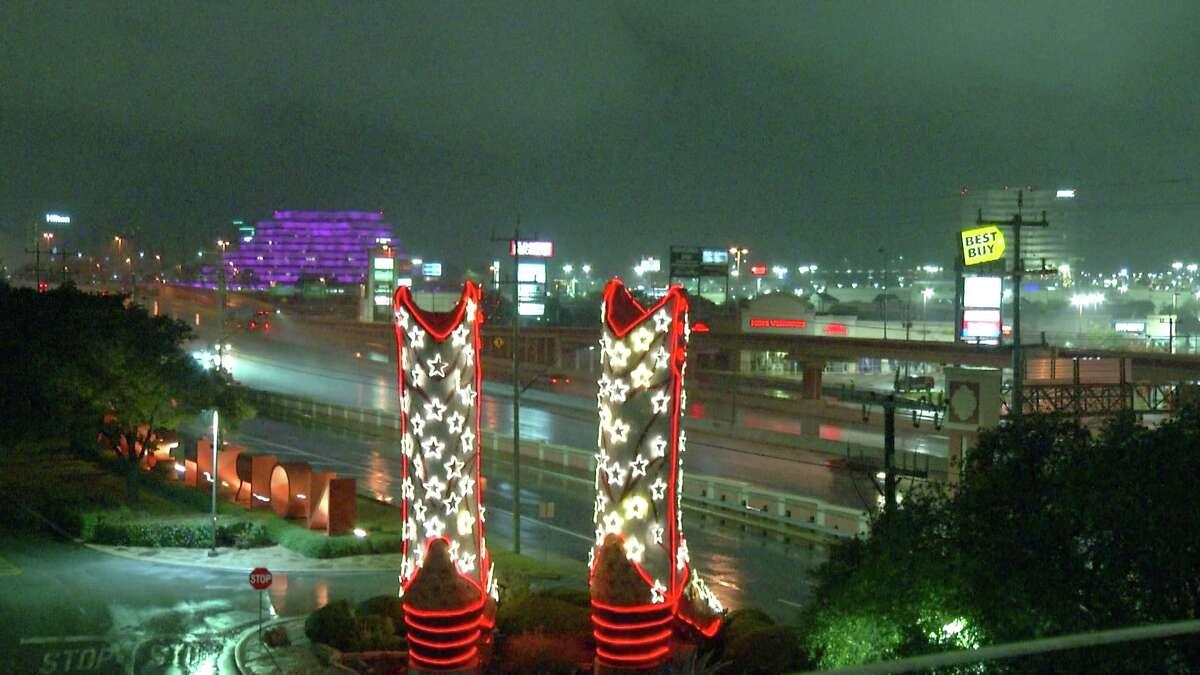 Rain falls at North Star Mall in San Antonio early Friday, Dec. 7, 2018.