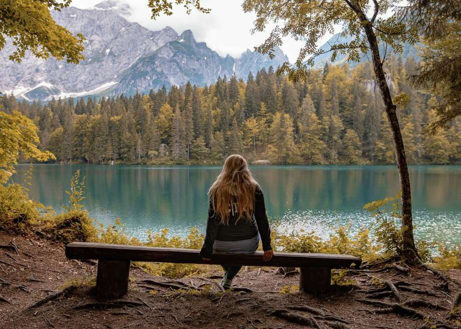 A quiet moment of reflection for a traveler. Photo: CBSI/CNET