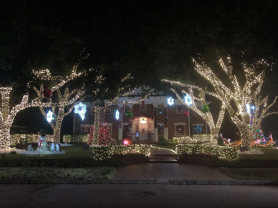 PHOTOS: River Oaks Christmas lights in 2018 