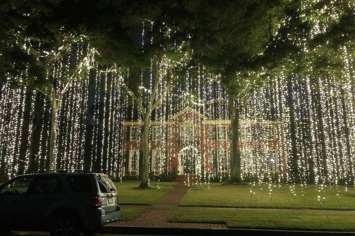 Holiday lights in River Oaks