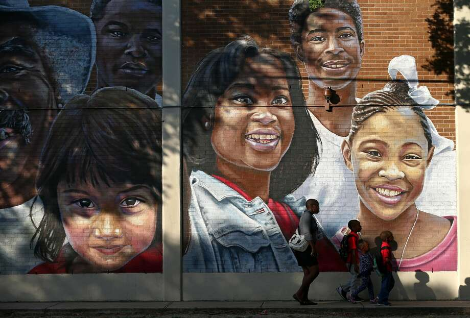 Several Houston ISD campusessaw double-digit enrollment losses this year, including some of the district's smallest elementary schools. The declines at these schools, which are more expensive to operate, come as HISD grapples with a third straight year of a budget deficit.  Click through the slideshow to see which 10 Houston ISD schools had the largest losses of students in 2018-19 as a percentage of total enrollment. Photo: Godofredo A. Vasquez/Staff Photographer