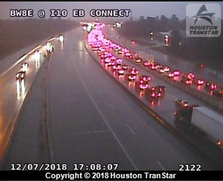 A deadly crash has all main lanes of East Beltway 8 closed during the height of rush hour Friday. Photo: Houston TranStar
