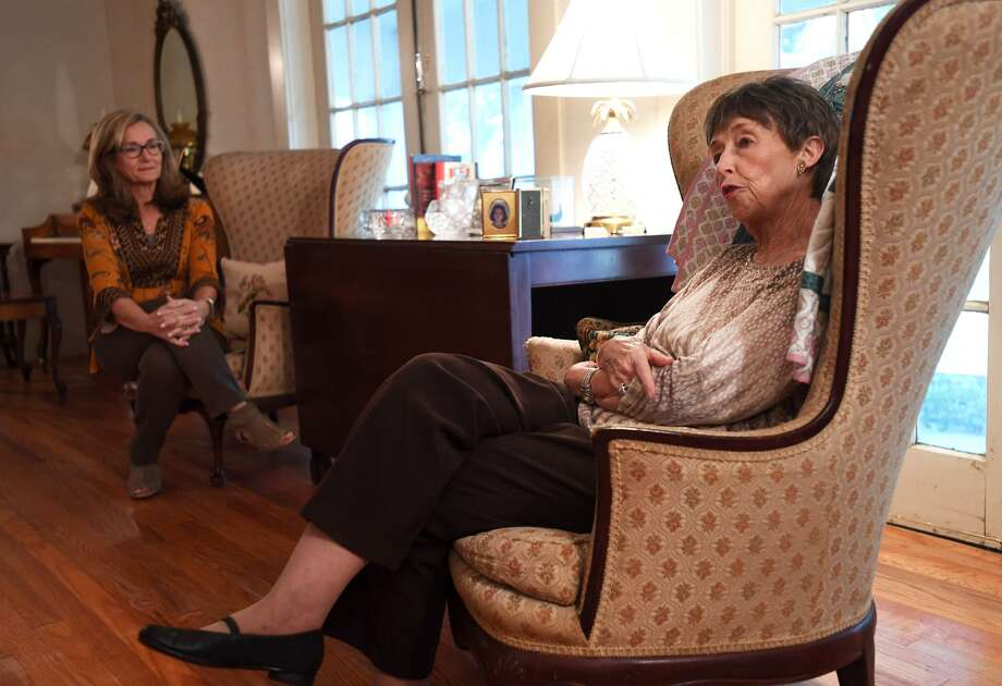 Mary Wright talks about her late husband Harry Wright at her Port Neches home on Thursday. Wright's daughter Lisa Gorman is also pictured.  Photo taken Thursday, 12/6/18 Photo: Guiseppe Barranco/The Enterprise, Photo Editor / Guiseppe Barranco ©