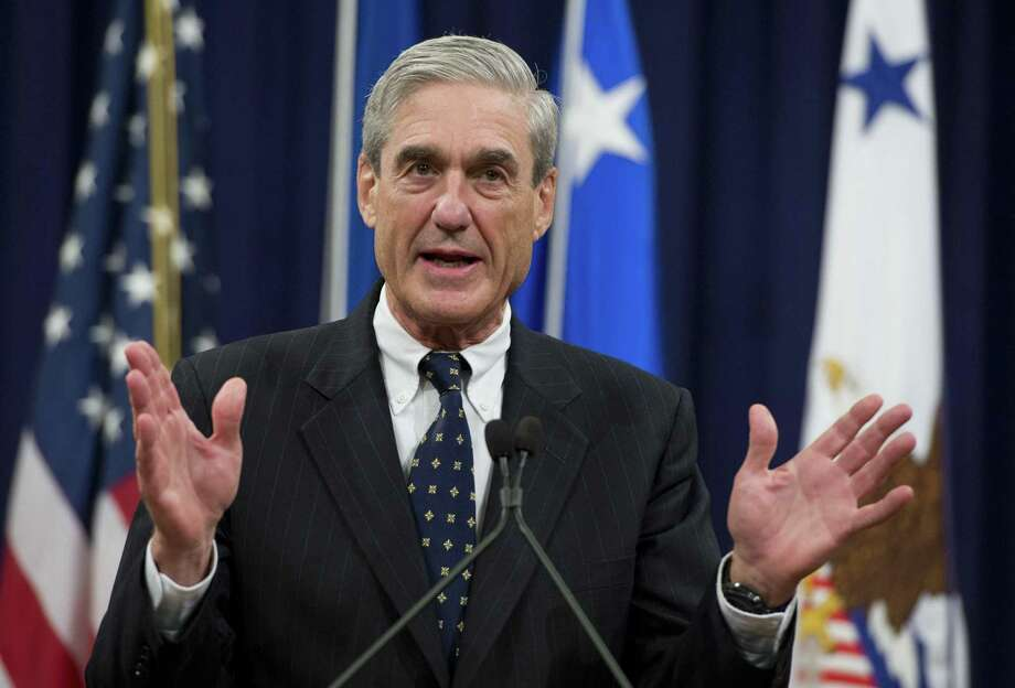 Legislation protecting Special Counsel Robert Mueller, shown here at his farewell ceremony as FBI Director in 2013, from being fired is likely unconstitutional. Photo: SAUL LOEB /AFP /Getty Images / AFP or licensors