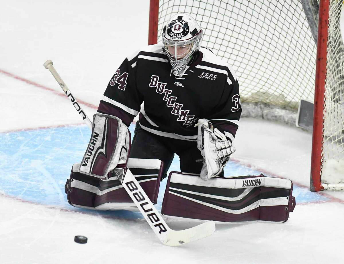 Union's goaltender Darion Hanson (34) makes a save against Rensselaer Polytechnic Institute during the first period of an NCAA college hockey game Saturday, Jan. 27, 2018, in Albany, N.Y., (Hans Pennink / Special to the Times Union)