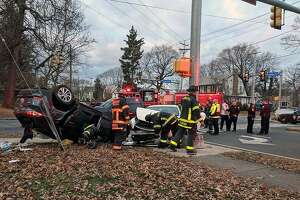 At 4 p.m. on Dec. 8, 2018, Bridgeport, Conn., police and fire units rushed to the 300 block of Brooklawn Avenue, between Laurel Place and Hughes Avenue, for a report of a car that flipped over with someone trapped inside.
