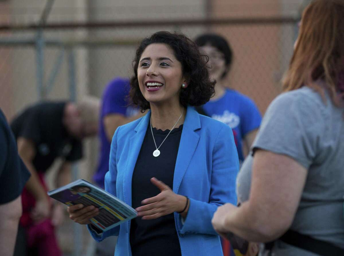 Harris County Judge-elect Lina Hidalgo has hired a consulting firm used by New York City Mayor Bill de Blasio to help with her transition.