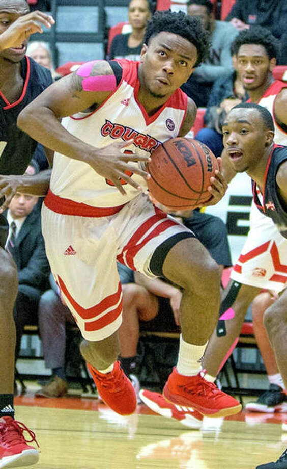 SIUE's Tyrese Williford (25) scored 25 points in the cougars' victory over Harris-Stowe Saturday at the Vadalabene Center. He is shown in action earlier this season against Incarnate Word. Photo: SIUE Athletics