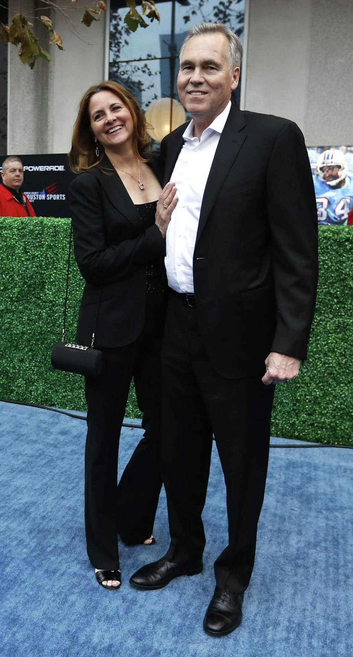 Rockets head coach Mike D'Antoni with his wife, Laurel, on the blue carpet before the start of the Houston Sports Awards at the Hilton Americas, Thursday, Feb. 8, 2018, in Houston. ( Karen Warren / Houston Chronicle )