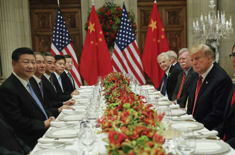 El Presidente Donald Trump, a la derecha, con el Presidente de China, Xi Jinping, a la izquierda, durante al reunión bilateral del Cumbre G-20, el sábado 1 de diciembre de 2018, en Buenos Aires, Argentina. Photo: Pablo Martinez Monsivais /Associated Press / Copyright 2018 The Associated Press. All rights reserved