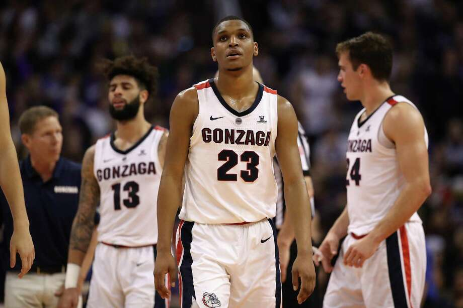 Gonzaga players react during the second half of their loss to Tennessee on Sunday. Photo: Christian Petersen / Getty Images / 2018 Getty Images