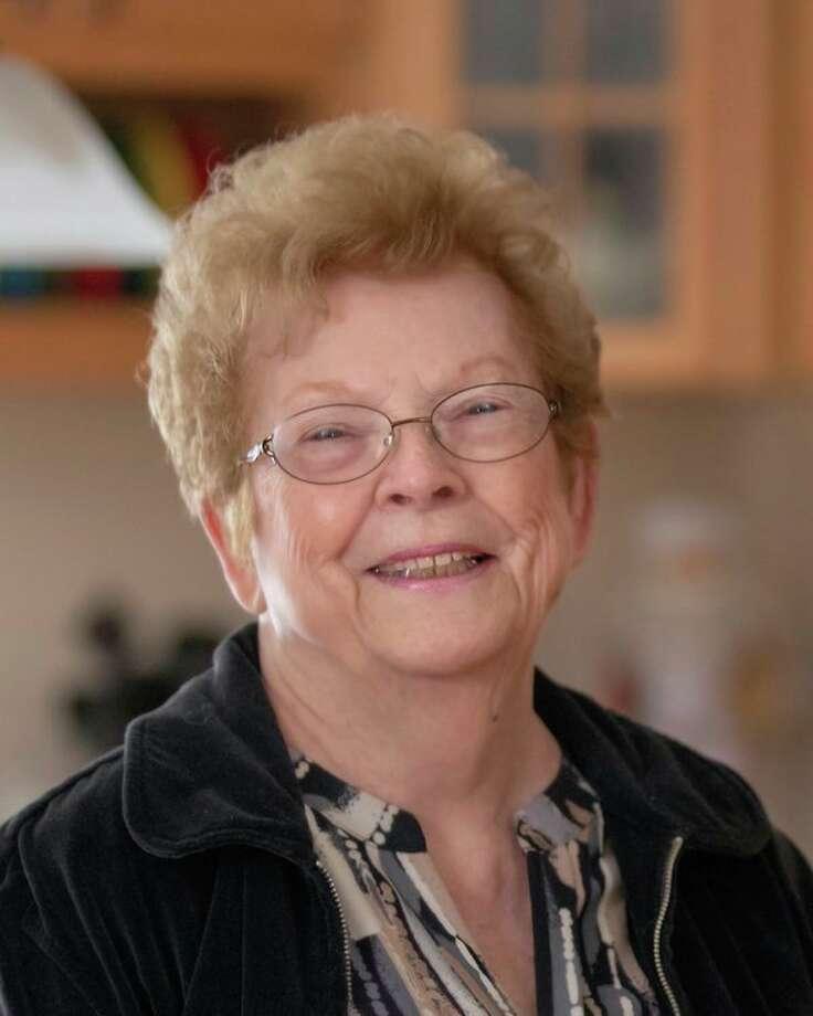 Jeanette Dukarski