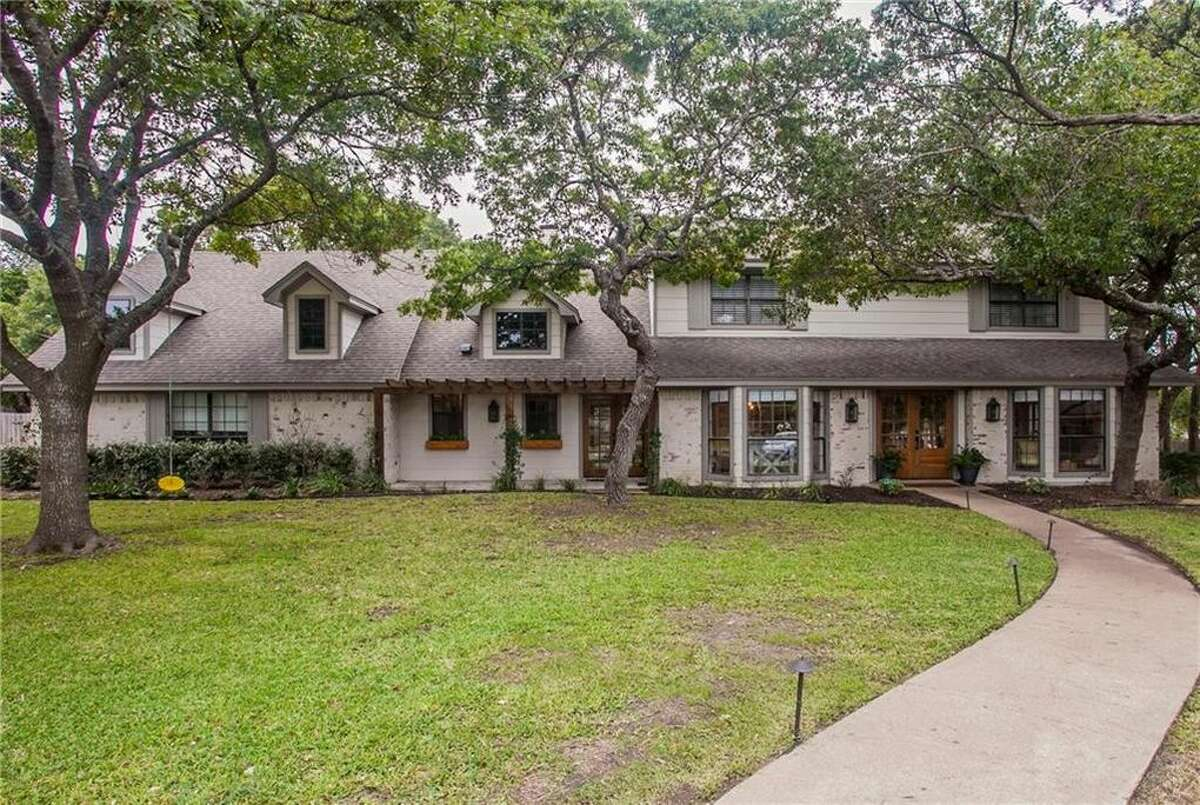 """The """"Prickly Pear House"""" on Season 4 of """"Fixer Upper"""" is on the market for $449,000 in Waco."""