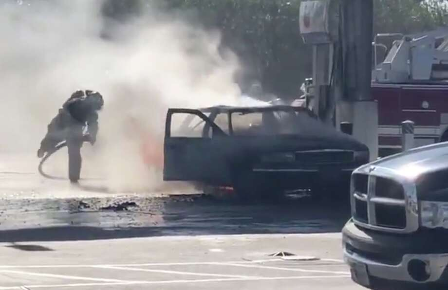 Video from an east Houston gas station captured a close call Monday as a car sitting at a pump burst into flames. Photo: Twitter / @iamstarboy24