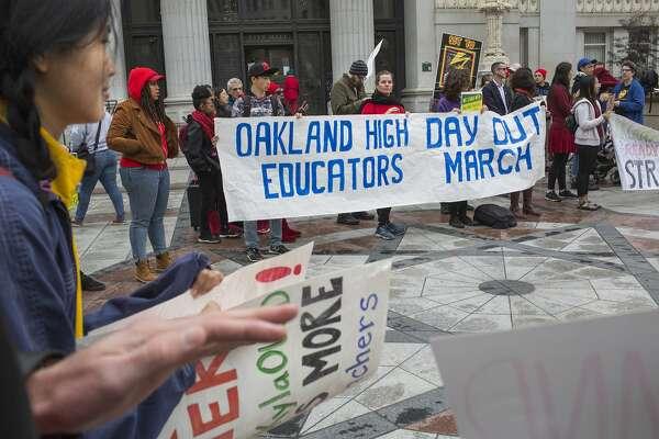 Oakland teachers prepare wildcat walkout Friday amid disruptive LA strike
