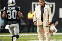 Oakland Raiders General Manager Reggie McKenzie watches Oakland Raiders running back Jalen Richard (30) warm up before the game against the Pittsburgh Steelers on Sunday, Dec. 9, 2018 at the Oakland-Alameda County Coliseum in Oakland, Calif. McKenzie announced Monday that he was fired by the Raiders. (Hector Amezcua/Sacramento Bee/TNS)