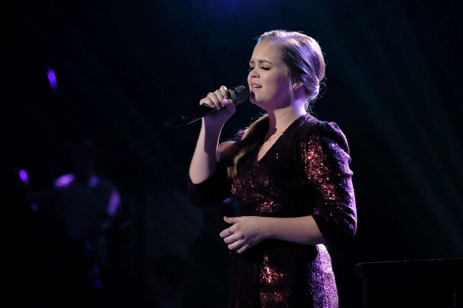 Houston's Sarah Grace performs on The Voice semifinals. Photo: Tyler Golden/NBC / 2018 NBCUniversal Media, LLC.