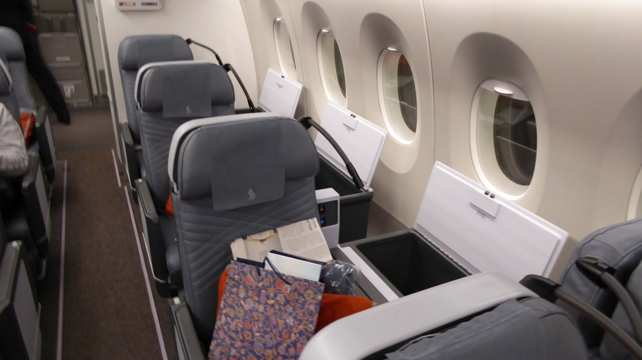 Review: Singapore Airlines premium economy, A350 from SFO ...