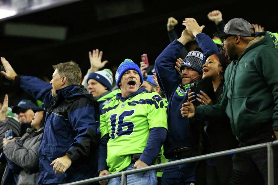 Browse through the following slideshow for some reasons not to root for either team in this year's Super Bowl.  Photo: GENNA MARTIN, SEATTLEPI.COM / SEATTLEPI.COM