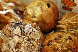 Connecticut Muffin in New Canaan don't need butter to taste good.