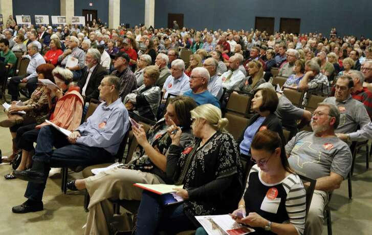 The Texas Commission on Environmental Quality on Wednesday granted numerous requests for a contested hearing on an application by Vulcan Construction Materials for an air permit to operate a limestone quarry in Comal County. A public hearing on the project drew nearly 500 people in February.