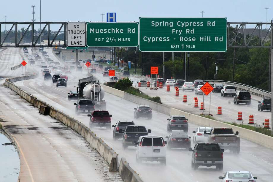 Construction of U.S. 290 is seen via the Barker Cypress overpass on Sept. 13. Photo: Jerry Baker, Houston Chronicle / Contributor / Houston Chronicle