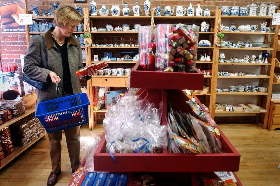 "With a quiet ""Vaarwel"" posted online in October, the Dutch cheese and knick knack store Kaas & Co. — a Taste of Holland has exited South Norwalk, yet another retail loss for the destination district despite a burgeoning restaurant scene. Photo: Kerry Sherck /ST Staff Photo"