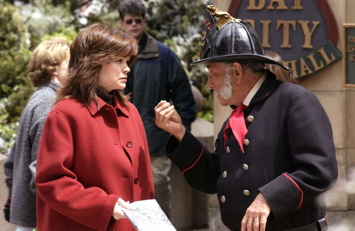 """Peter Falk and Valerie Bertinelli star """"Finding John Christmas,"""" a 2003 movie."""