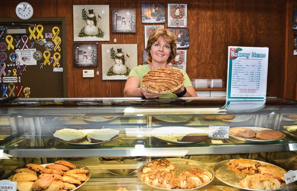 Lindsey's Country Store in Clifton Park is closing after 30 years in business. Keep clicking for more Capital Region stores and more that are gone but not forgotten.