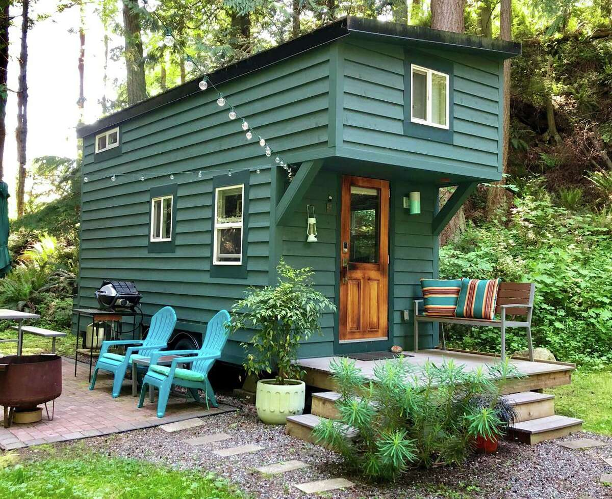 Go for an adventure on the quiet woodland Guemes Island, just a short ferry ride from Anacortes. Enjoy what nearby Anacortes and La Conner have to offer, then retreat to this cozy abode with an outdoor patio and fire pit.