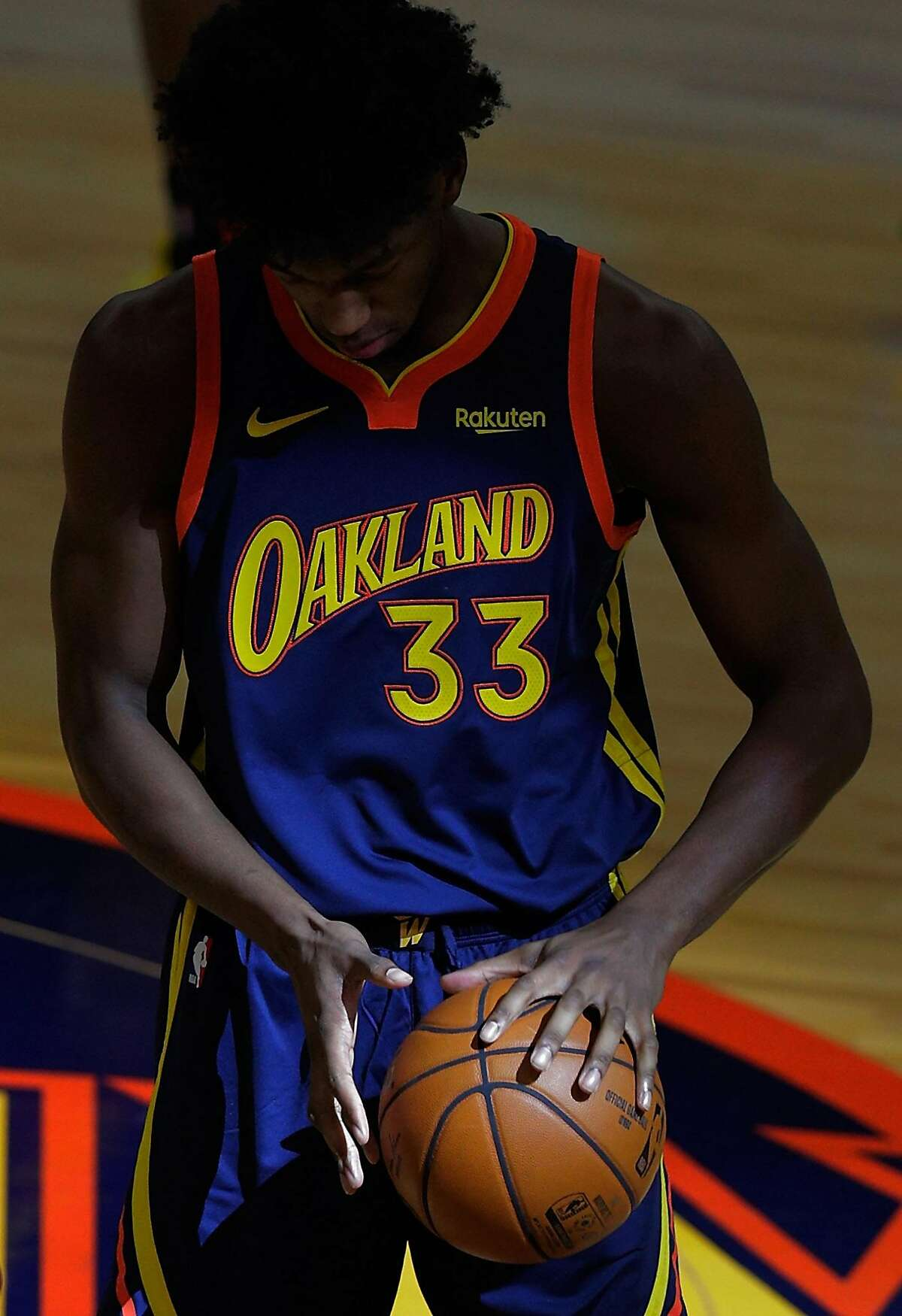 James Wiseman warms up before the Warriors' game against the the Philadelphia 76ers at Chase Center in San Francisco, on March 23. Photo: Carlos Avila Gonzalez / The Chronicle
