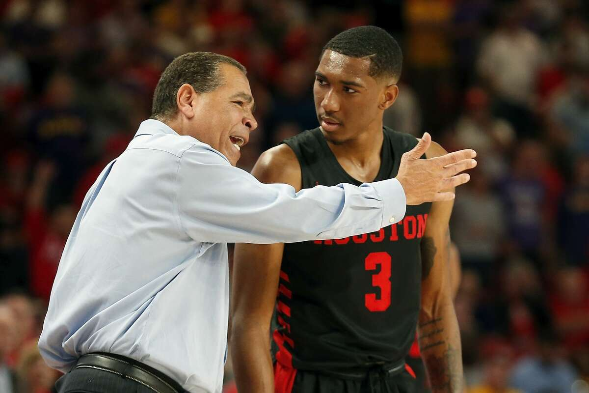 Houston Cougars head coach Kelvin Sampson talks with guard Armoni Brooks (3) during the second half of the NCAA basketball game between the Houston Cougars and the LSU Tigers at the Fertitta Center in Houston, TX on Wednesday, December 12, 2018. Houston defeated LSU 82-76.