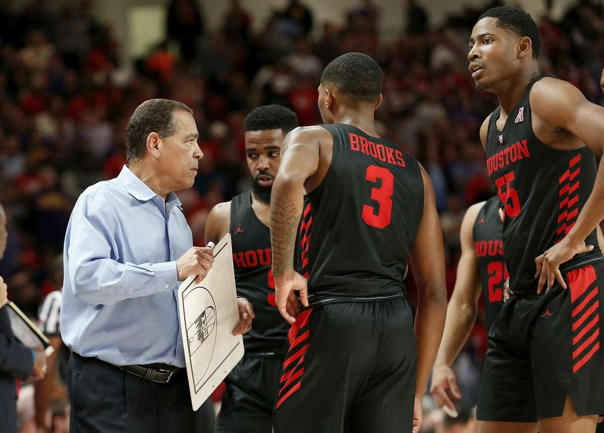 PHOTOS: Houston vs. East Carolina  Houston Cougars head coach Kelvin Sampson calls a play during a timeout during the second half of the NCAA basketball game between the Houston Cougars and the LSU Tigers at the Fertitta Center in Houston, TX on Wednesday, December 12, 2018. Houston defeated LSU 82-76. >>>See game action from Houston's rout of East Carolina on Wednesday ...