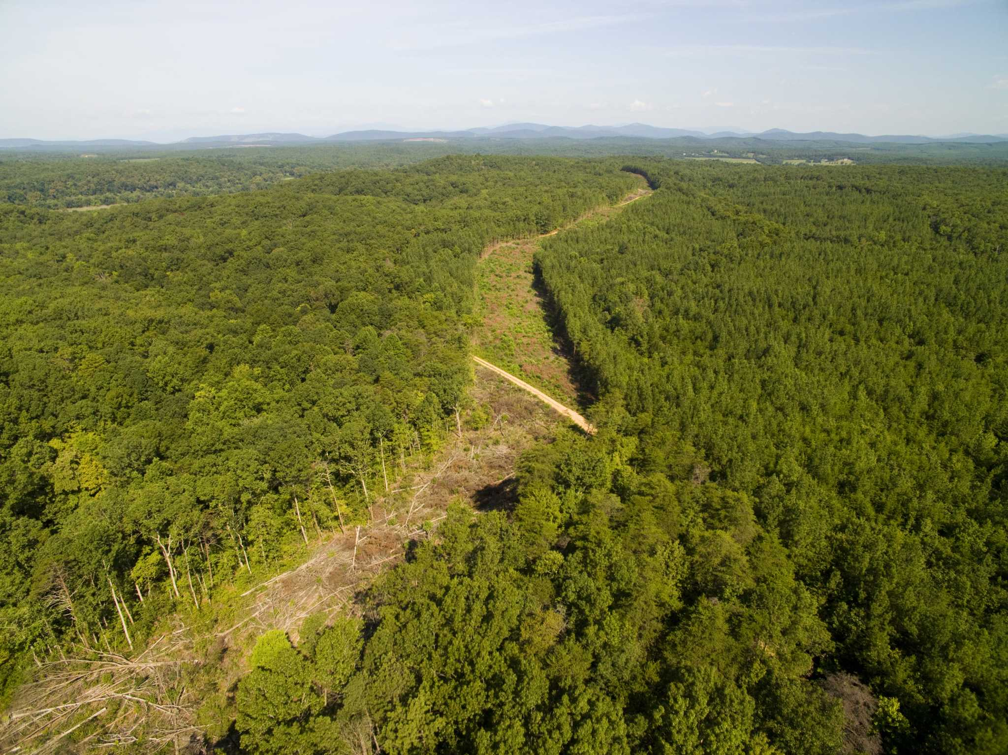 Court tosses permit for pipeline to cross Appalachian Trail