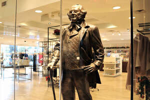 Hilton Americas-Houston, Gift shop with Sam Houston statue