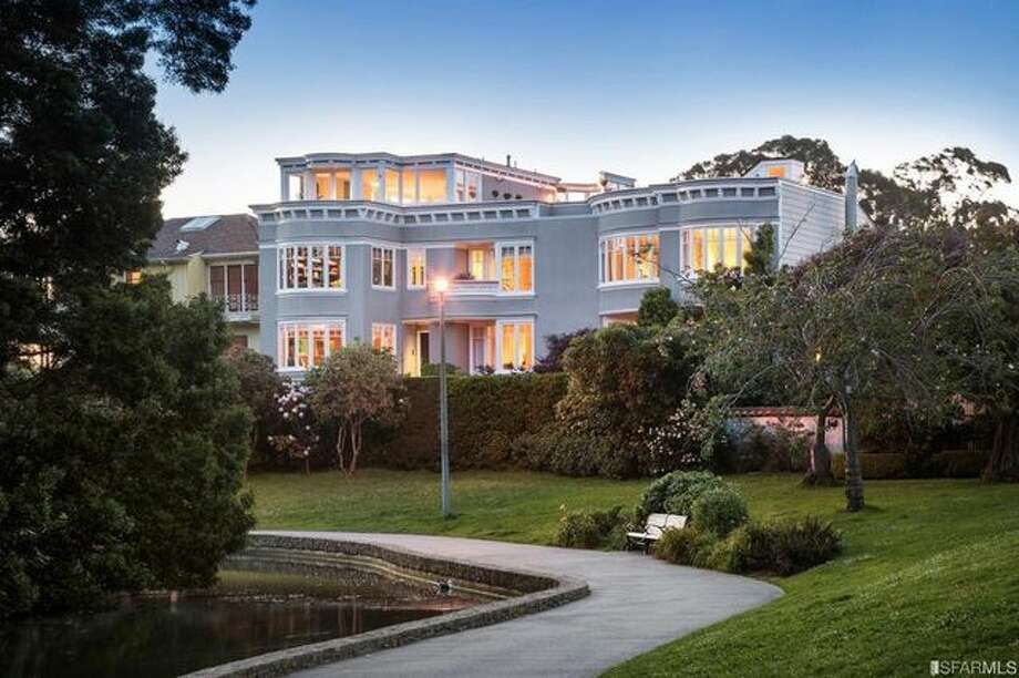 After waiting patiently for a couple of years, Peter Thiel scored another payday with the sale of his luxurious home in San Francisco for $7.4 million. Photo: Realtor.com