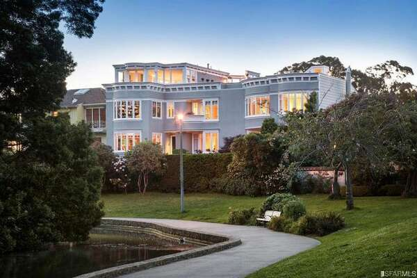 After waiting patiently for a couple of years, Peter Thiel scored another payday with the sale of his luxurious home in San Francisco for $7.4 million.