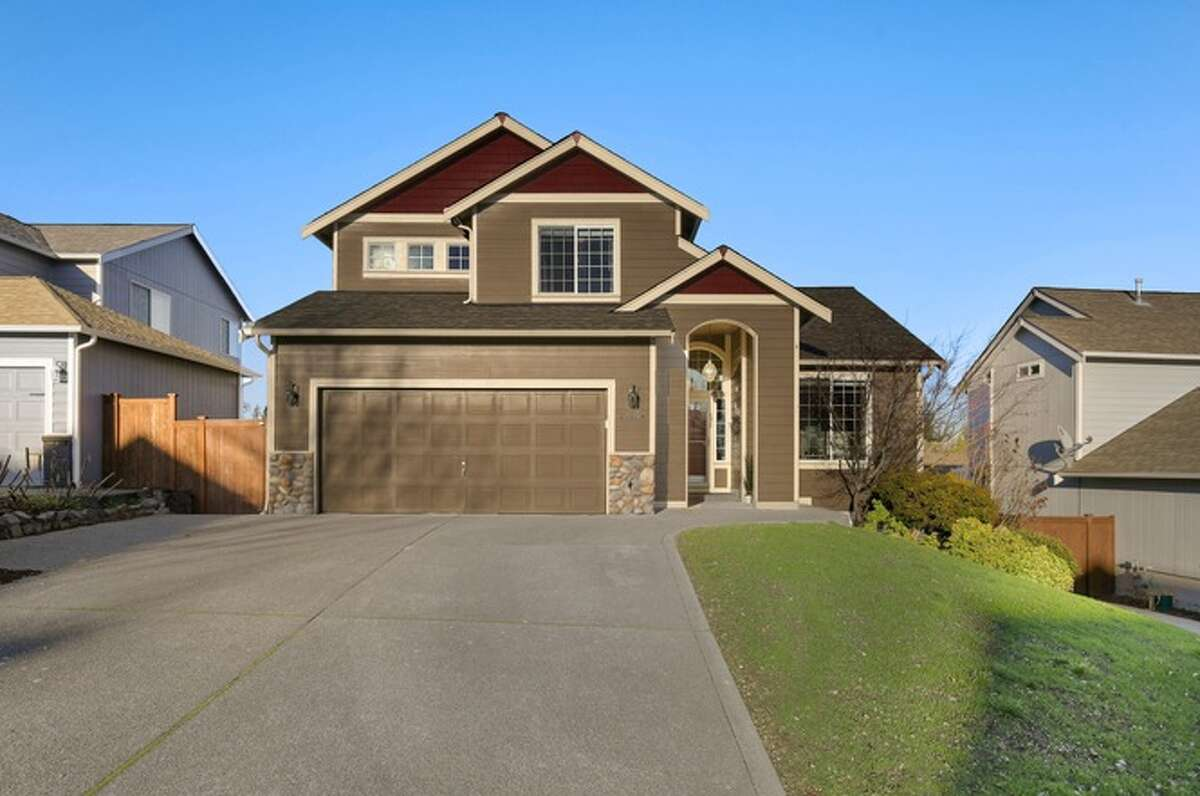 21104 82nd St. E Bonney Lake, WA 98391, listed for $365,000. See the full listing below.