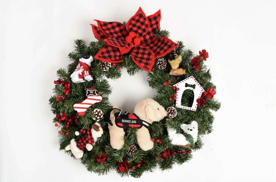 Circles of Caring contest Christmas wreath adult semifinalist entered by Cindy Schultz of Schenectady on Tuesday, Nov. 20, 2018, at the Times Union in Colonie, N.Y. (Will Waldron/Times Union) Photo: Will Waldron / 20045519A