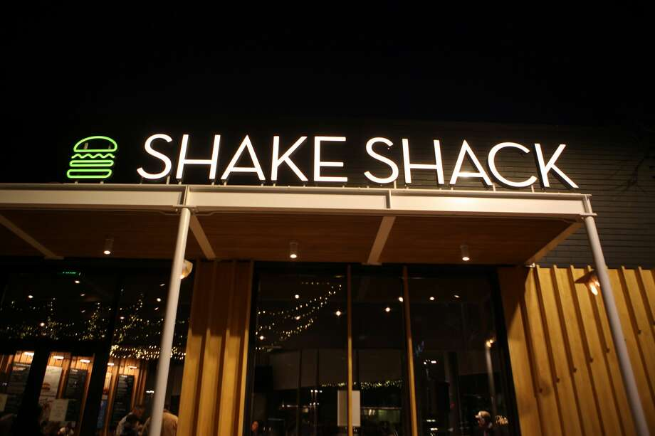 The East Coast burger chain Shake Shack will open the first of three planned Bay Area locations in Palo Alto, Ca. on Saturday, Dec. 15, 2018. Photo: Photo By Katie Wood/SFGATE