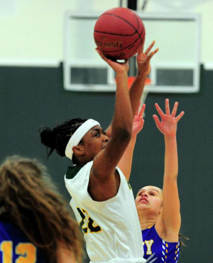 Hamden's Taniyah Thompson has been an All-SCC and All-Area selection the past two seasons. Photo: Christian Abraham / Hearst Connecticut Media / Connecticut Post