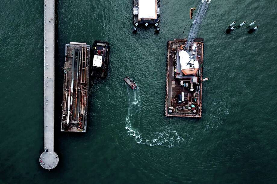 An aeriel dron photo of Pier 14 in San Francisco on Wednesday, November 28, 2018. Photo: Santiago Mejia / The Chronicle / ONLINE_YES