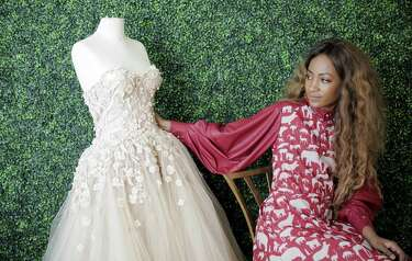 Houston Fashion Designer Learned Her Trade From Unusual Place Youtube Houstonchronicle Com