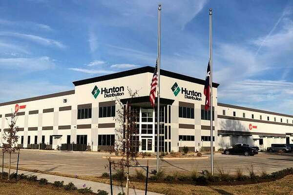 Hunton Distribution, a distributor of Trane heating and cooling equipment and parts, has opened a77,000-square-footfacility at 735 FM 1959 (Dixie Farm Road) in southeast Houston.