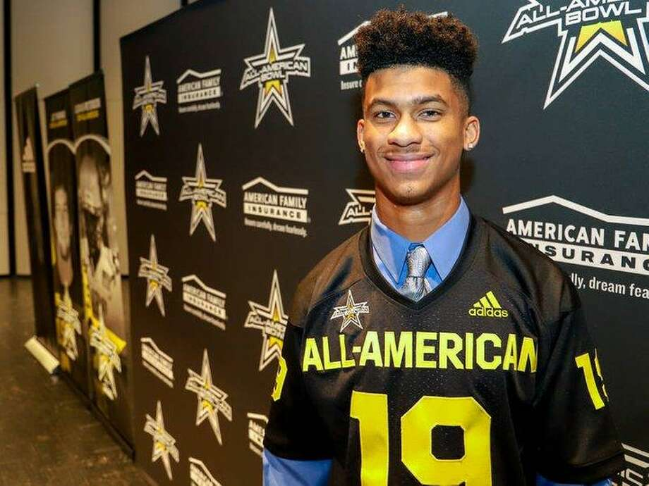 Dekaney senior Marcus Banks cornerback was named as a 2019 All-American Bowl participant and received his All-American award, Nov. 29, at Dekaney. Photo: Spring ISD