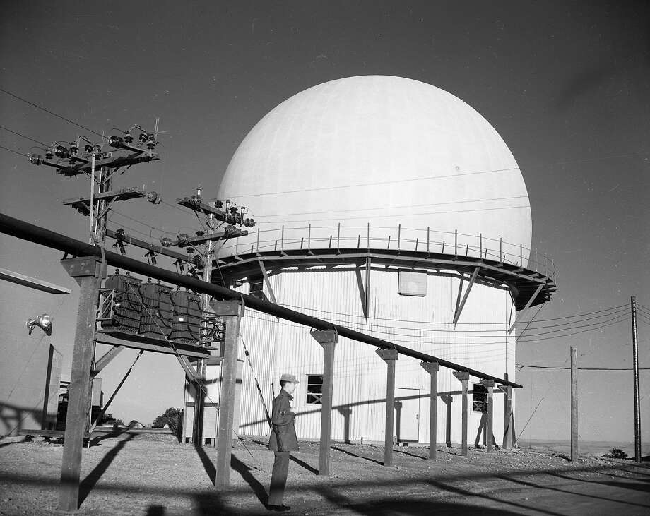 The U.S. Air Force Radar Station atop Mount Tamalpais on Dec. 10, 1953. Photo: Bob Campbell / The Chronicle 1953
