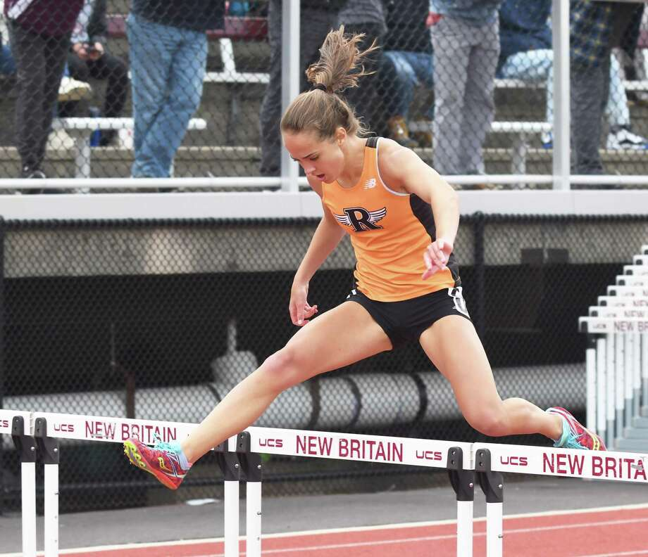 Ridgefield's Emma Langis. Photo: Krista Benson / Hearst Media Connecticut File Photo / The News-Times Freelance