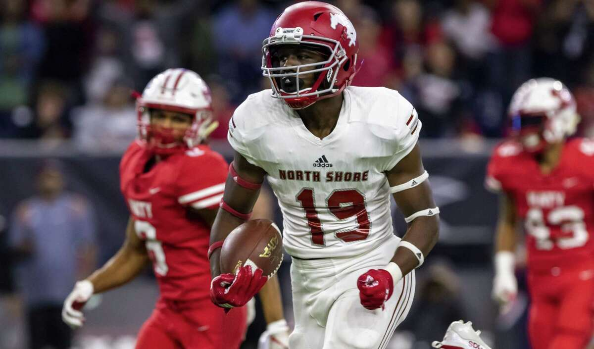 HOUSTON'S TOP HIGH SCHOOL FOOTBALL RECRUITS FROM CLASS OF 2021Shadrach Banks, WR, North ShoreCommitted to Texas A&M