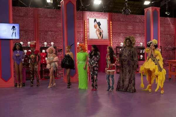 RuPaul's Drag Race All Stars Season 4, episode 1